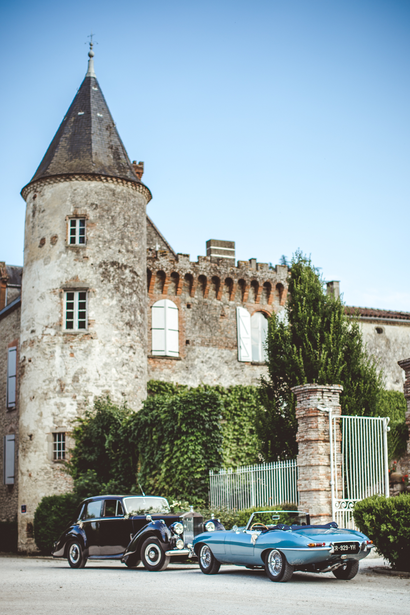 reportage mariage photo chateau croisillat caraman toulouse voiture maries jaguar mariage chateau