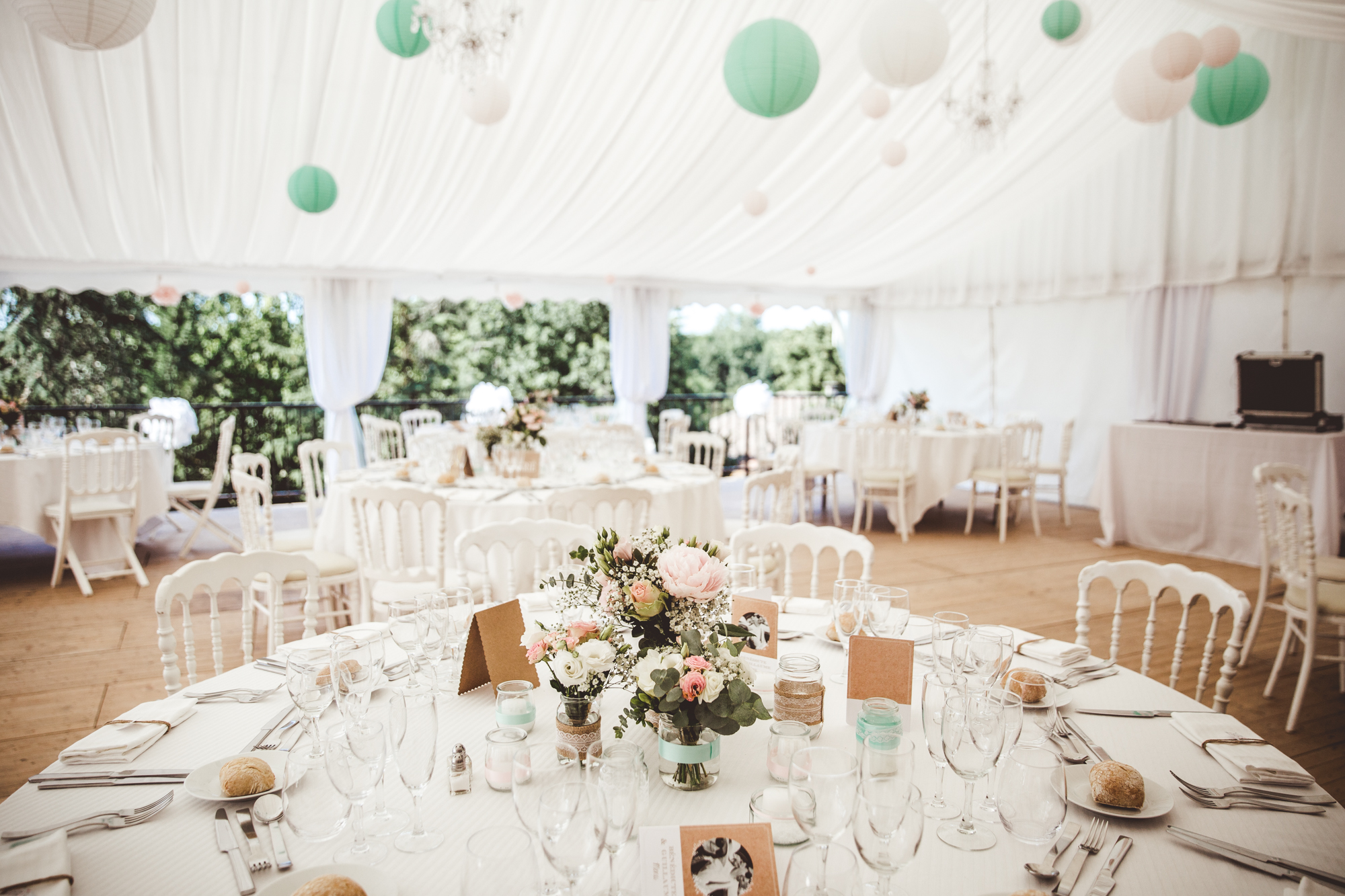 reportage mariage photo chateau launac toulouse decoration details table fleurs salle
