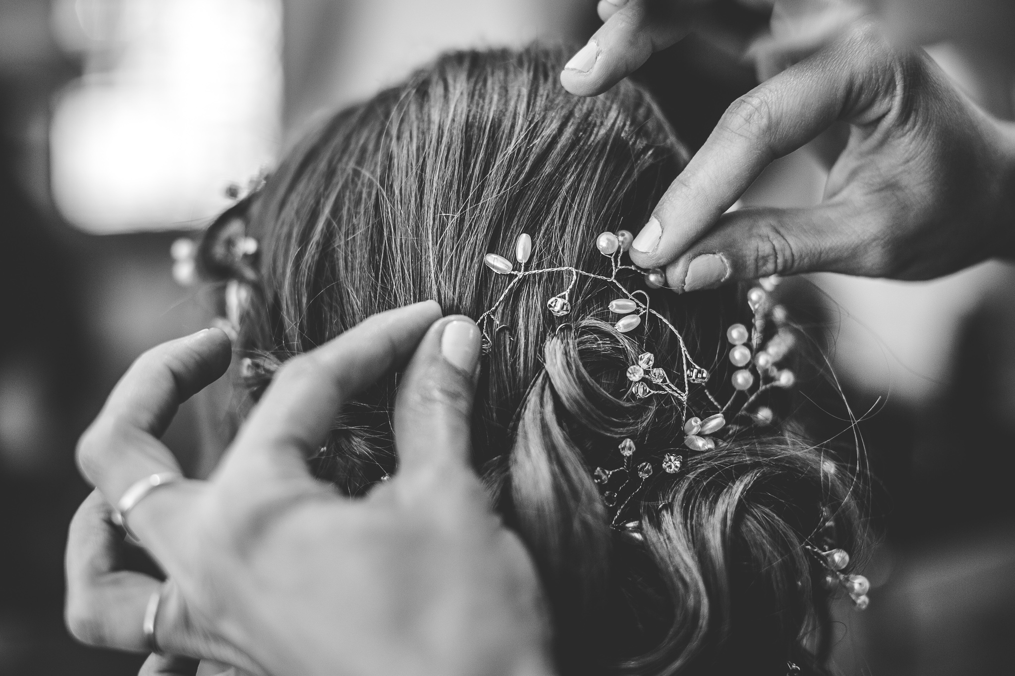 reportage mariage photo habillage preparatifs la mariee coiffure maquillage toulouse
