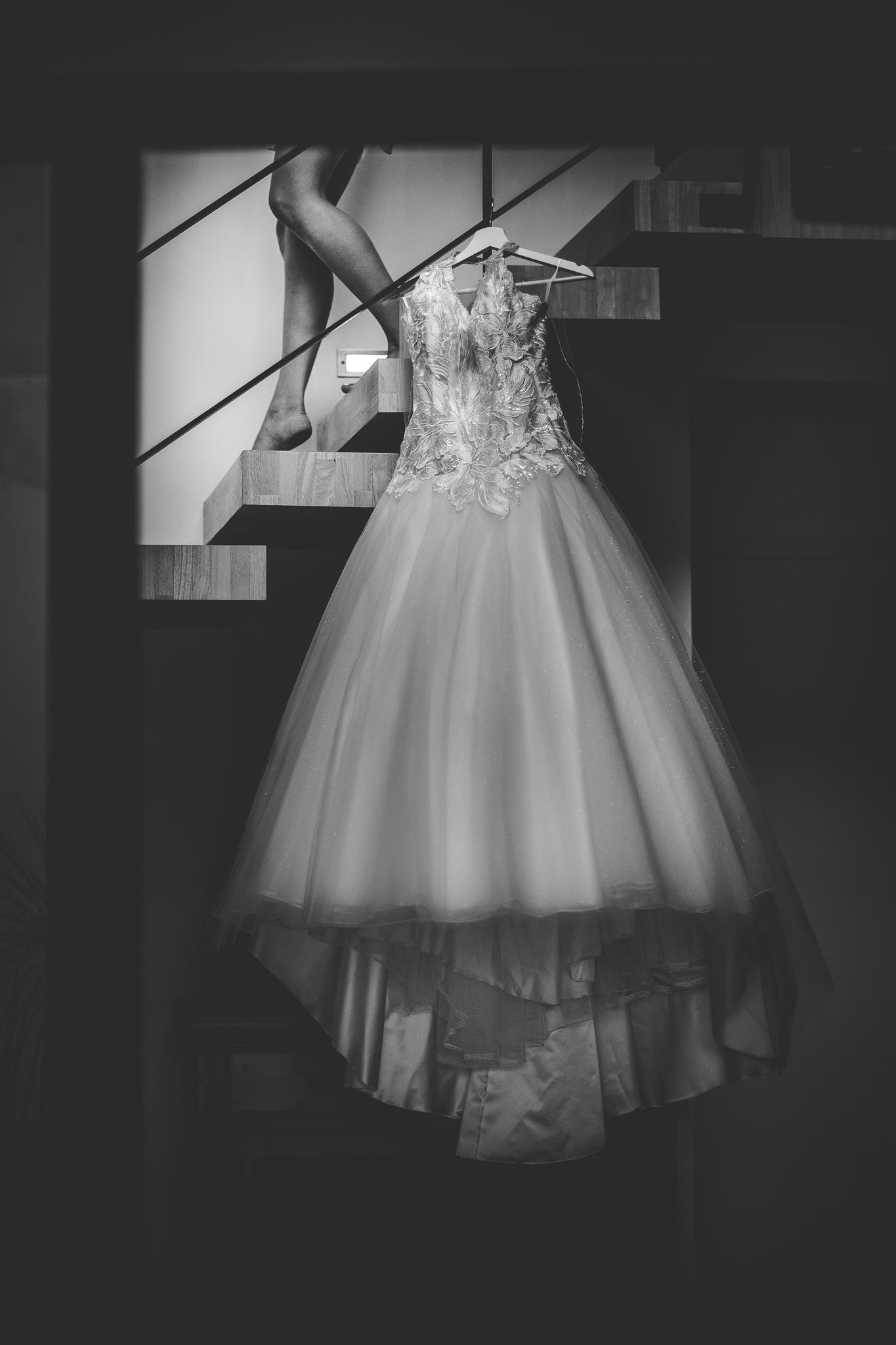 reportage mariage photo habillage preparatifs la mariee details robe mariage auch gers