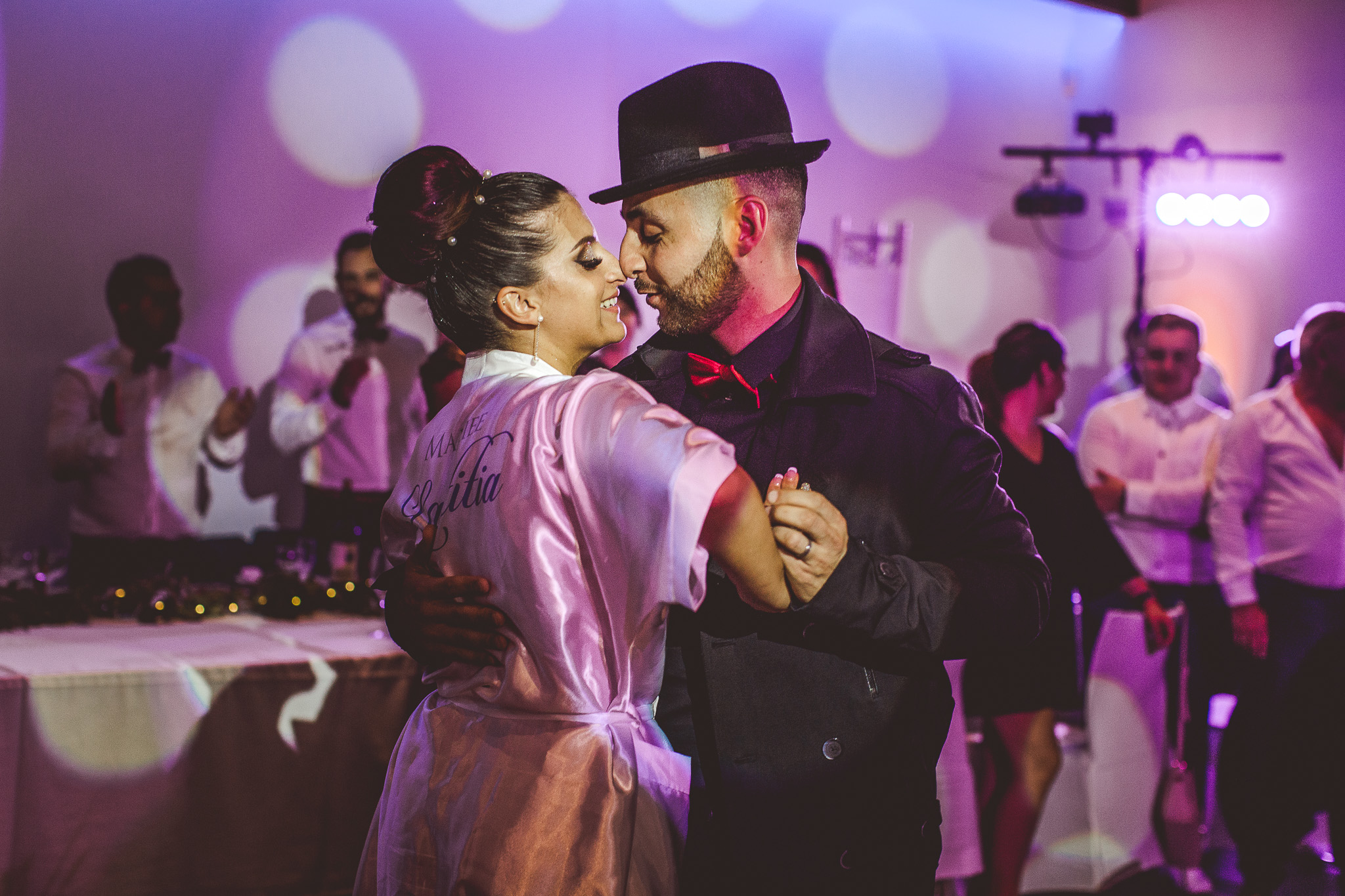 reportage mariage photo soiree premiere danse maries dj muisuqe chateau mons gers