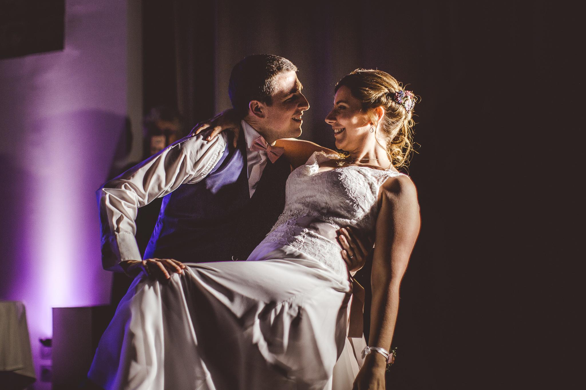 reportage mariage photo soiree premiere danse maries mas tolosa plaisance du touch