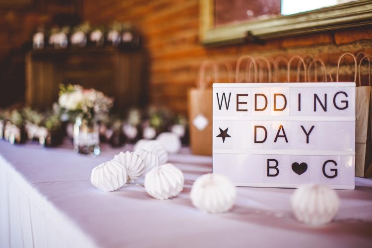 photo-deco-cadeau-invité-original-mariage-fleurs-chateau-de-launac